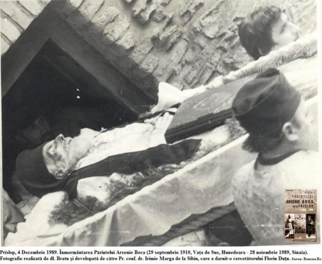 inmormantarea-parintelui-arsenie-boca-nov-1989-florin-dutu-prislop-foto-2-via-roncea-ro-900x739